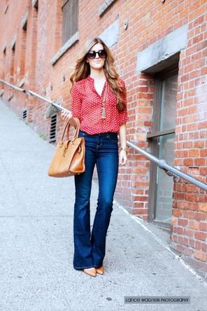 red patterned blouse / flared denim / cognac