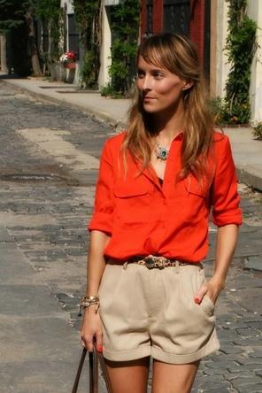 red blouse / khaki / leopard
