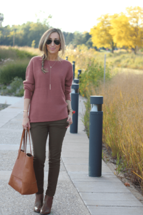 blush sweater / olive skinnies / brown boots / cognac bag