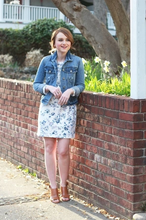 floral dress / denim jacket / cognac sandals