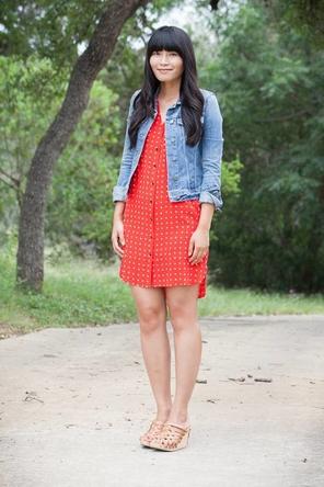 bright dress / denim jacket / neutral wedges