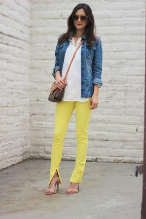 bright skinnies / white top / denim jacket